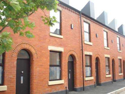 Terraced House for sale in Reservoir Street, Salford, Greater Manchester