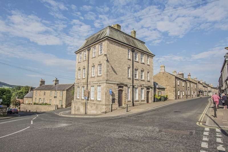 Commercial Property for rent in Middle Street, Corbridge