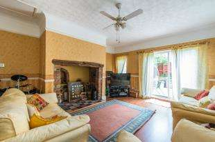 5 Bedrooms Semi Detached House for sale in The Street, Boughton-Under-Blean, Faversham