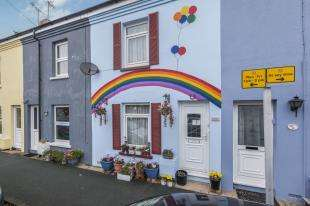 2 Bedrooms Terraced House for sale in Brook Street, Polegate, East, Sussex