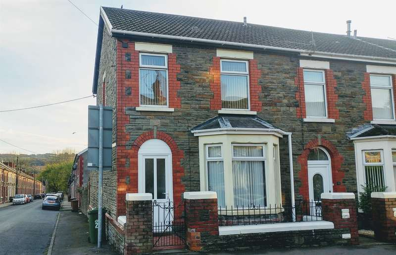 3 Bedrooms End Of Terrace House for sale in Standard Street, Trethomas, Caerphilly