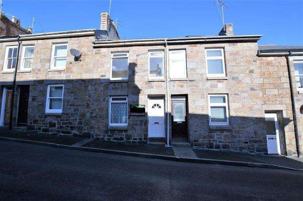 2 Bedrooms Terraced House for sale in St Francis Street, Penzance, Cornwall