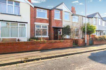 3 Bedrooms Terraced House for sale in Kendal Road, Lytham St Annes, Lancashire, England, FY8