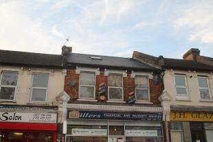 3 Bedrooms Flat for sale in Whitehorse Road, Croydon