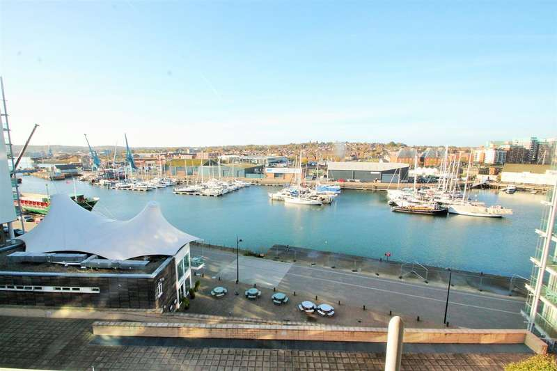 3 Bedrooms Apartment Flat for sale in Blythburgh House, Ipswich Waterfront. More details at www.nicholasestates.co.uk