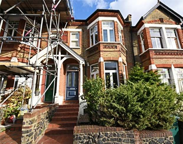 2 Bedrooms Flat for sale in Park Hall Road, East Finchley, N2