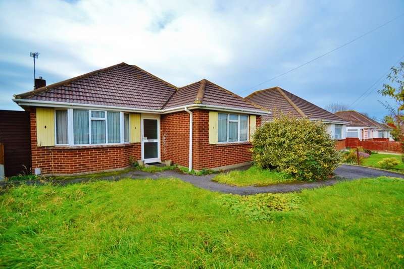 2 Bedrooms Bungalow for sale in Bear Cross