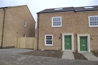 3 Bedrooms House for rent in Priors Hall Park, Corby