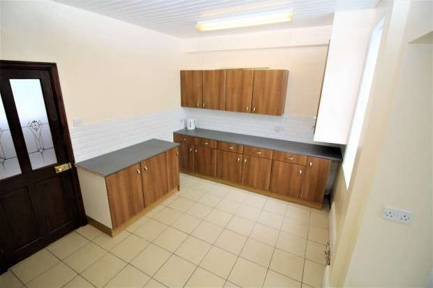 2 Bedrooms Terraced House for sale in Brown Street, Thornton-Cleveleys, FY5
