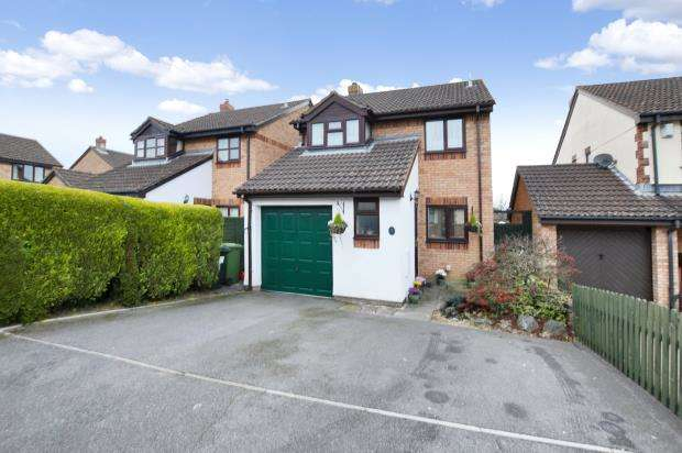 4 Bedrooms Detached House for sale in Belmont Close, Kingsteignton, Newton Abbot, Devon