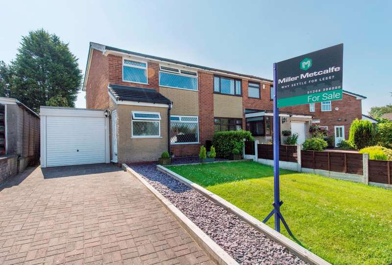 3 Bedrooms Semi Detached House for sale in Harwood Vale, Bolton, BL2
