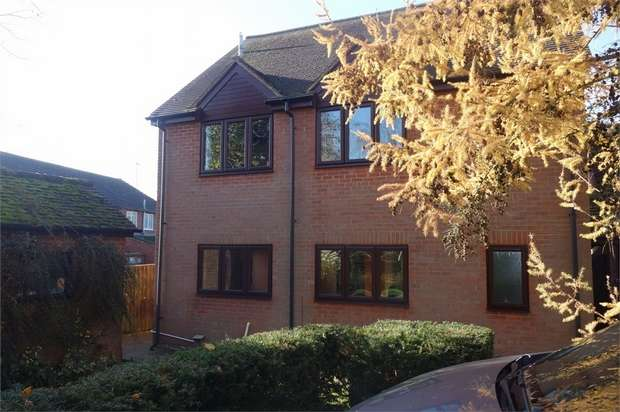 4 Bedrooms Detached House for sale in Church Lane, Edgcott, Aylesbury, Buckinghamshire