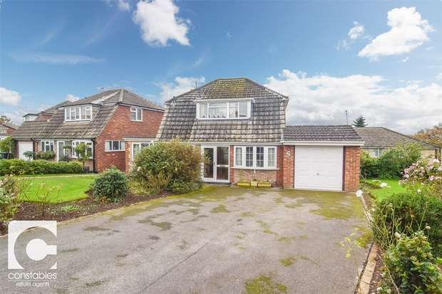 3 Bedrooms Detached House for sale in West Drive, Neston, Cheshire