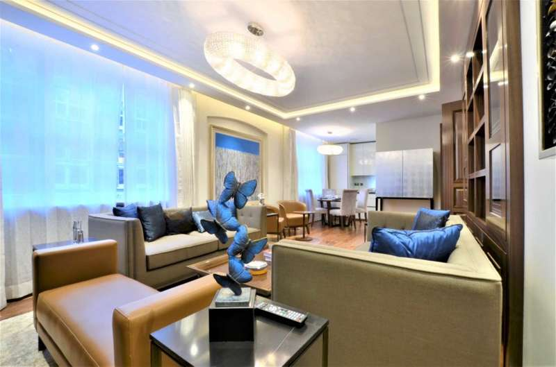 3 Bedrooms Flat for sale in Montagu Mansion, London