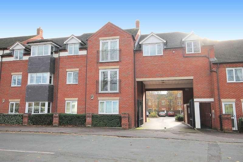 2 Bedrooms Flat for sale in 3 Tavinor Place, Bonehill Road, Tamworth, B78 3HQ