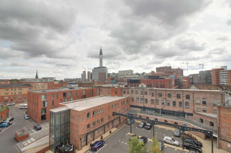 3 Bedrooms Flat for rent in Q Apartments, Newhall Hill, Birmingham