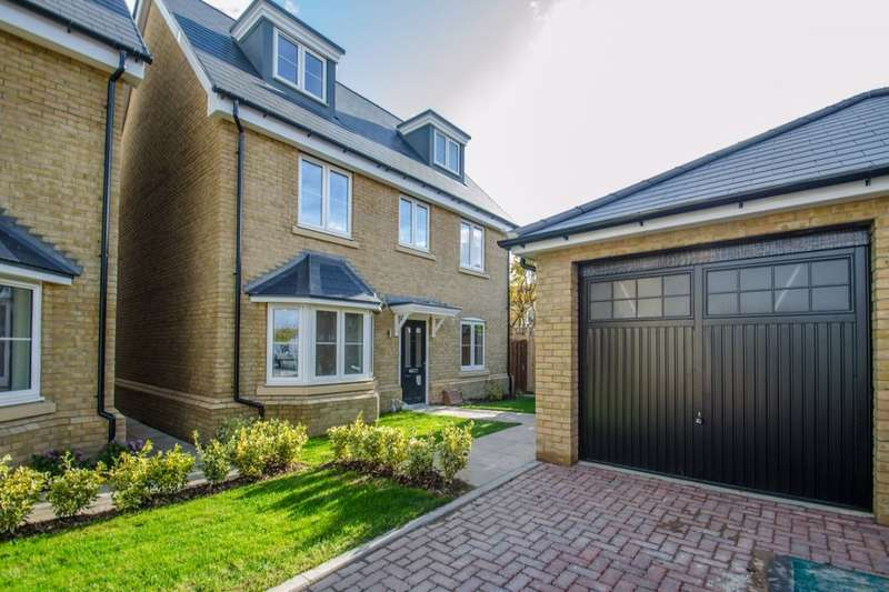 5 Bedrooms Detached House for sale in Talbot Street, Hitchin, SG5