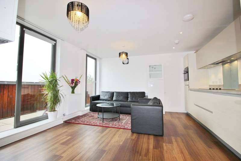 1 Bedroom Flat for sale in Hastings Road, London, London, E16