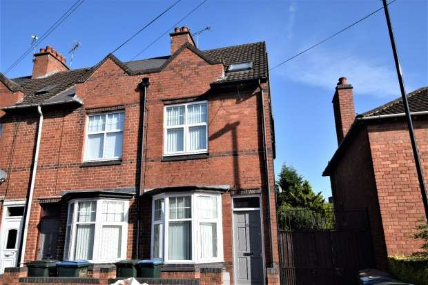 4 Bedrooms End Of Terrace House for rent in Terry Road, Stoke, Coventry, CV1