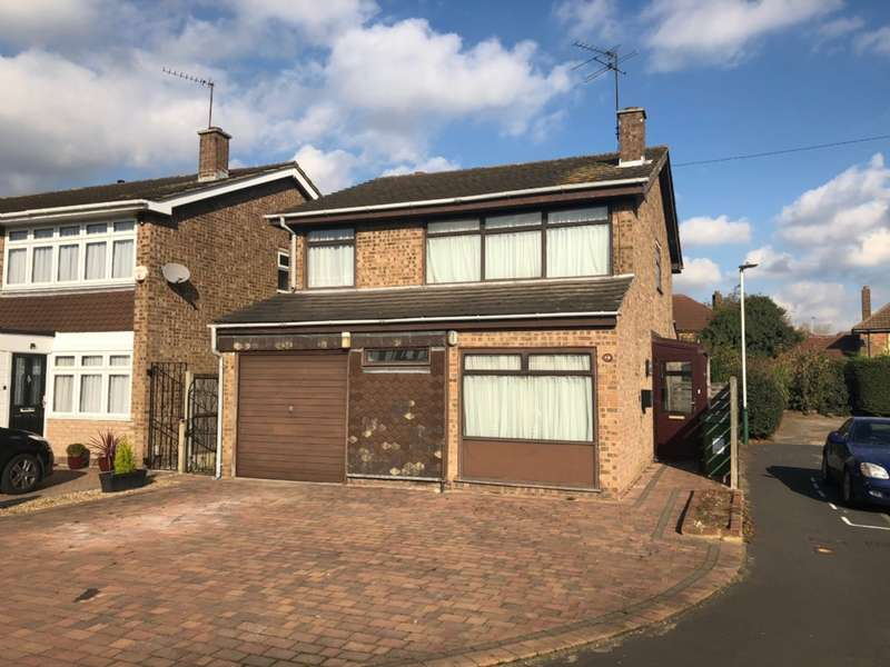 4 Bedrooms Detached House for sale in Harrier Close, Hornchurch