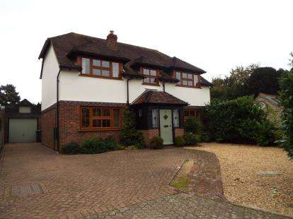 4 Bedrooms Detached House for sale in Warblington, Havant, Hampshire