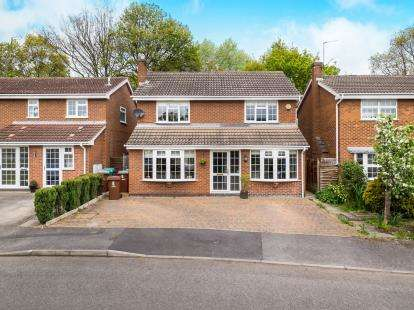 4 Bedrooms Detached House for sale in Far Rye, Nottingham, Nottinghamshire