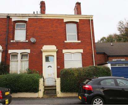 2 Bedrooms Terraced House for sale in Wensley Road, Blackburn, Lancashire, ., BB2
