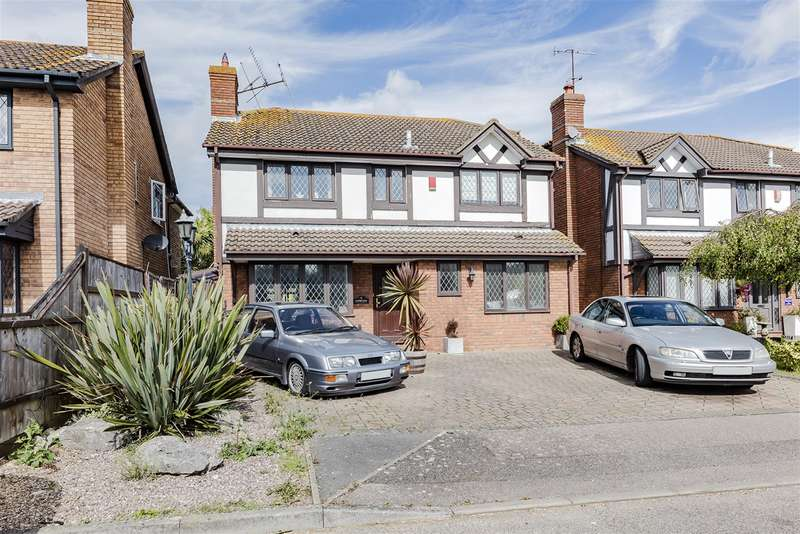 4 Bedrooms Detached House for sale in Gatcombe Close, Worthing, West Sussex, BN13 3RD