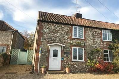 2 Bedrooms Cottage House for rent in Burnham Road - North Creake