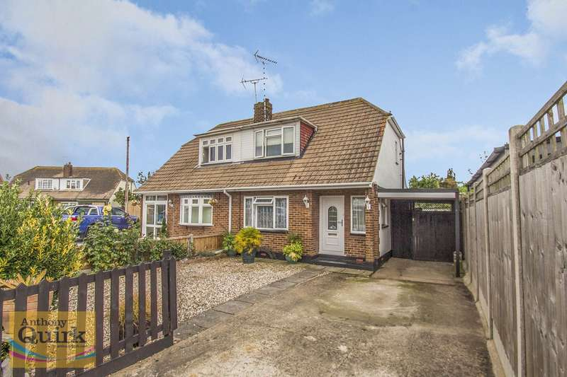 2 Bedrooms Chalet House for sale in South Parade, Canvey Island, SS8
