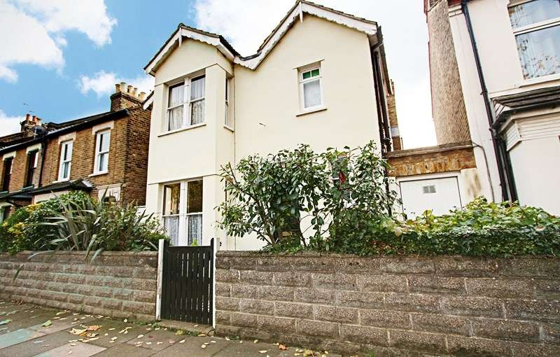 3 Bedrooms Property for sale in Rosemary Avenue, Enfield