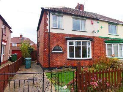 3 Bedrooms Semi Detached House for sale in Cleveland Avenue, Stockton-on-Tees, Durham