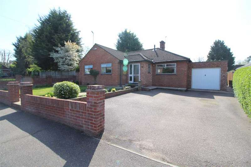 3 Bedrooms Bungalow for sale in Acland Avenue, Lexden, Colchester