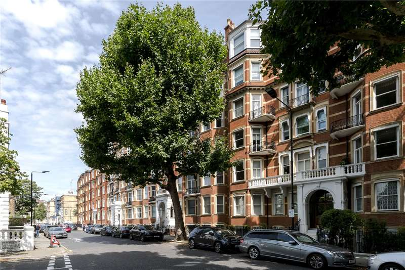 2 Bedrooms Flat for sale in Falkland House, Marloes Road, London, W8