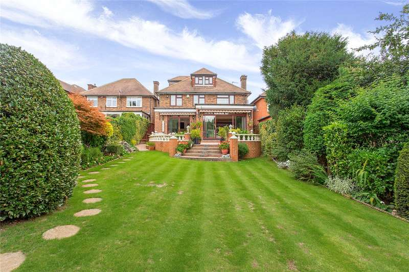 5 Bedrooms Detached House for sale in Green Lane, Stanmore, HA7