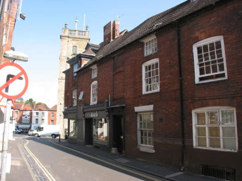2 Bedrooms Flat for sale in High Street, Bewdley