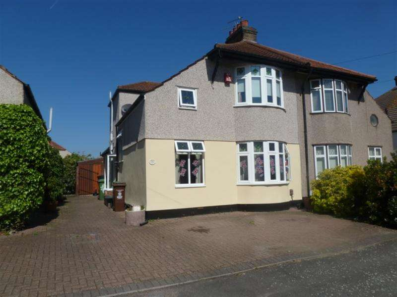 3 Bedrooms Semi Detached House for sale in Warwick Road, Welling, Kent, DA16 1SP