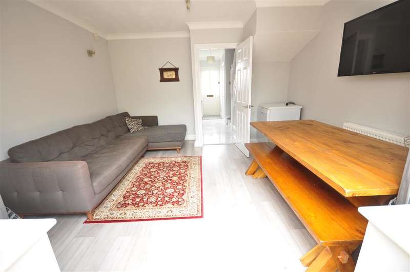 2 Bedrooms Terraced House for sale in William Road, Sutton, Surrey