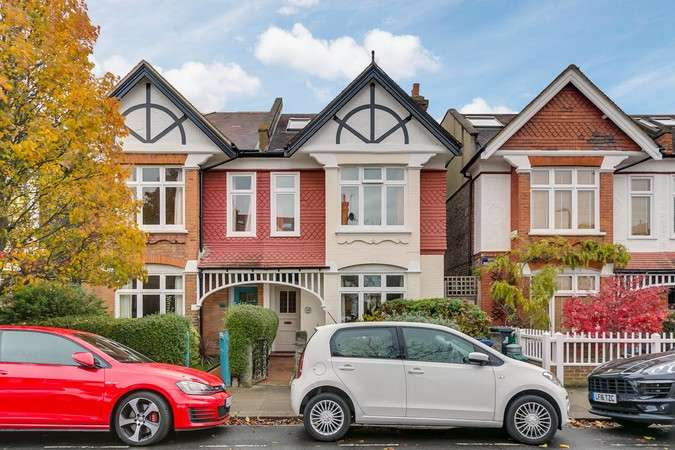 4 Bedrooms Semi Detached House for sale in Rusthall Avenue, Chiswick
