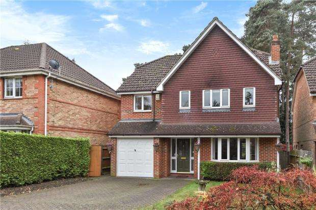 4 Bedrooms Detached House for sale in Butler Road, Bagshot, Surrey
