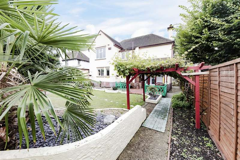 4 Bedrooms Detached House for sale in Poulters Lane, Offington, Worthing, West Sussex, BN14 7SP