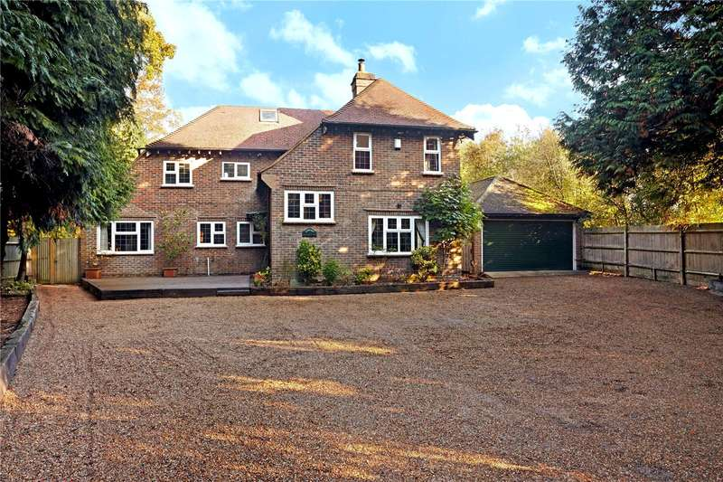 5 Bedrooms Detached House for sale in Balcombe Road, Crawley, West Sussex, RH10
