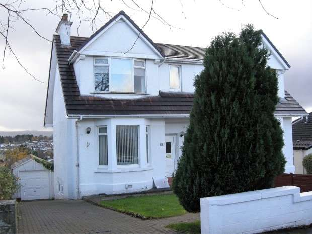 3 Bedrooms Semi Detached House for sale in Southwold Road, Ralston, PA1
