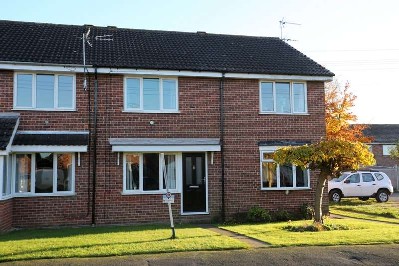 2 Bedrooms Terraced House for sale in Woldgate View, York, York, YO42