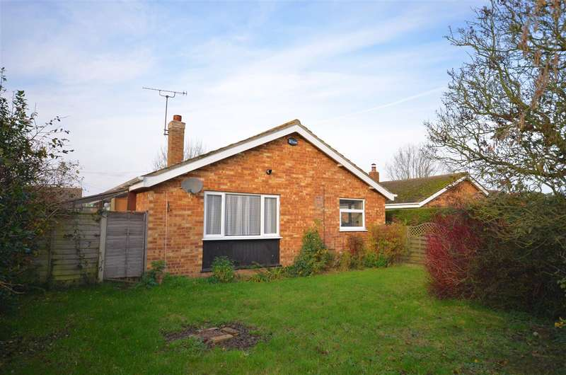 2 Bedrooms Bungalow for sale in Catfield, Norfolk, NR29