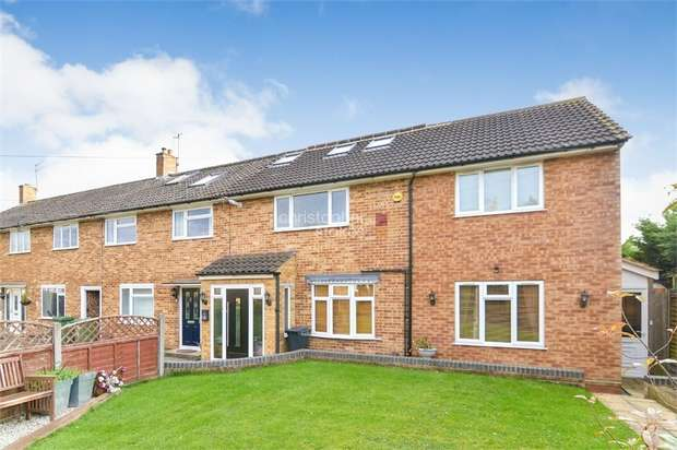 5 Bedrooms End Of Terrace House for sale in Barrow Lane, Cheshunt, WALTHAM CROSS, Hertfordshire