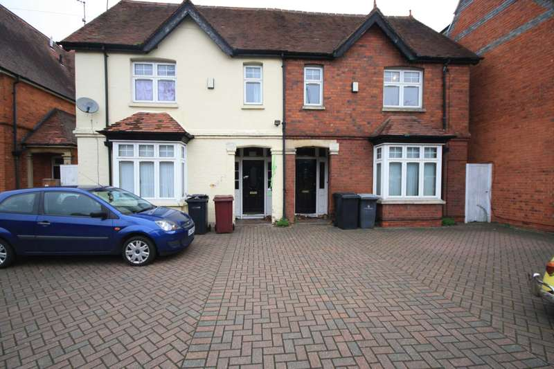10 Bedrooms House for rent in Reading, Berkshire