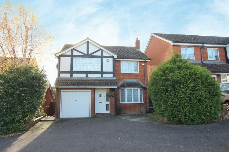 4 Bedrooms Detached House for sale in Copthorn Avenue, Broxbourne