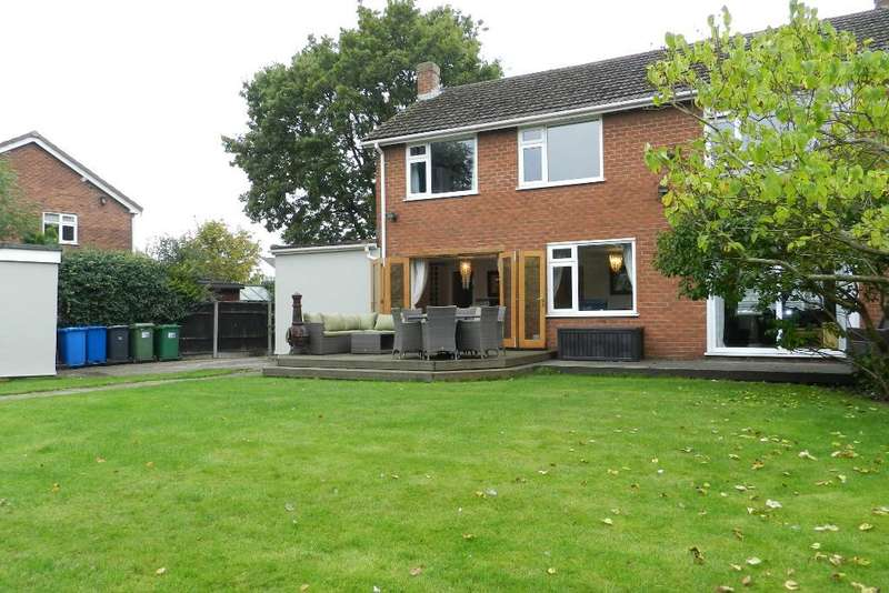 4 Bedrooms Detached House for sale in Gosling Road, Croft, Warrington, WA3 7LN