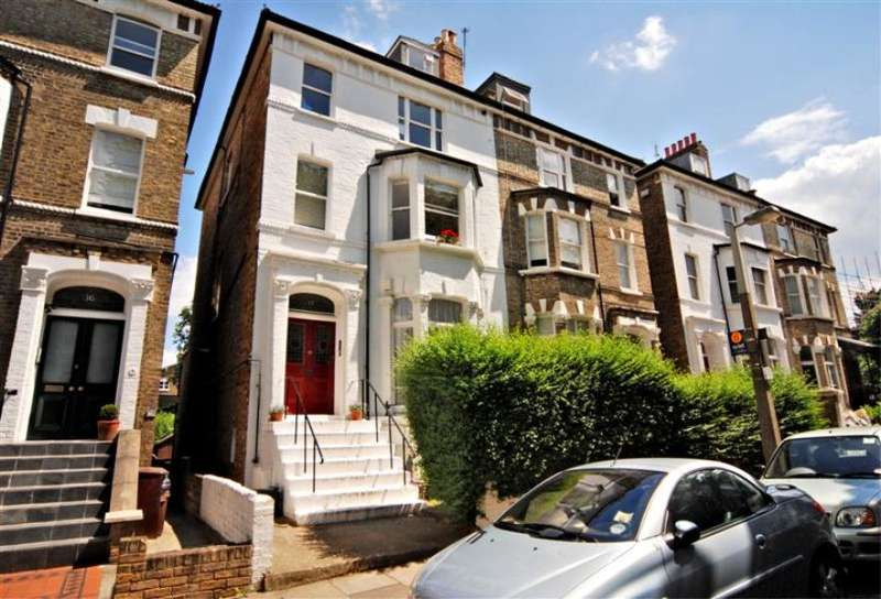 2 Bedrooms Flat for sale in Cardigan Road, Richmond